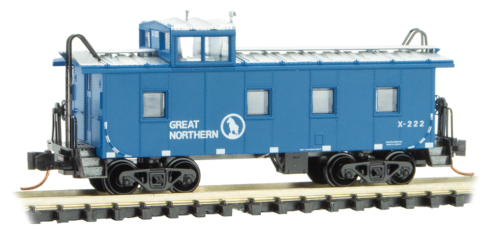 N 36' Riveted Steel Caboose, Offset Cupola - Great Northern #X222