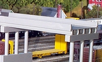 Rix, HO Scale Modern Highway Overpass -- Scale 50'  15.2m