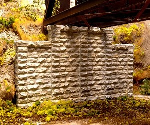 Cut Stone Stepped Wall -- 6-1/2 x 3-3/4